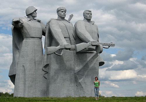 Дубосеково, памятник героям-панфиловцам